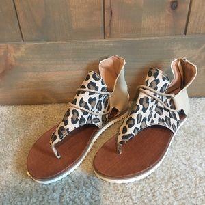 Summer Leopard Printed Zipper Flat Sandals